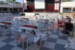Пластмасови бели маси за барове