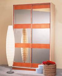 Дизайнерски гардероб
