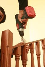 дървени парапети за стълбище - монтаж