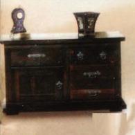 Старинен шкаф за дневна
