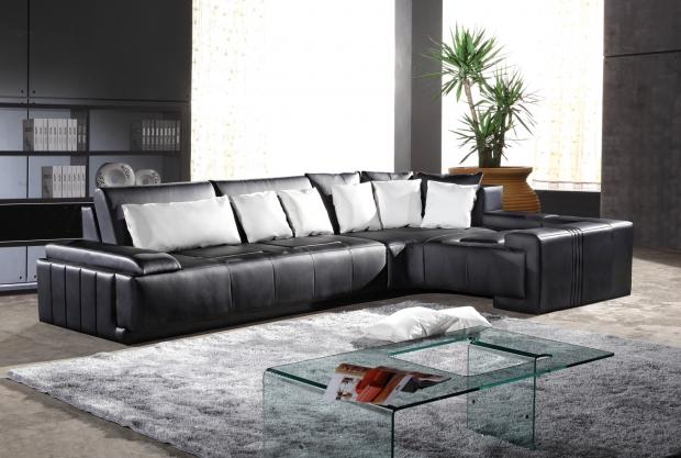 Как да почистим идеално кожен диван?