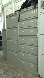 Метални картотеки с 7 чекмеджета, за зъболекарски кабинет