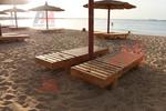 Здрави дървени шезлонги за плаж